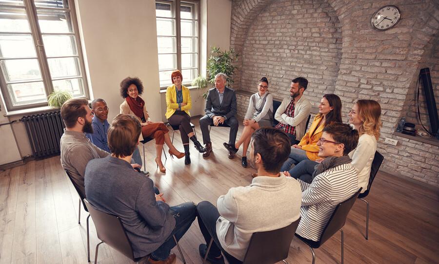 روش گروه کانونی در بازاریابی و بخش بندی بازار